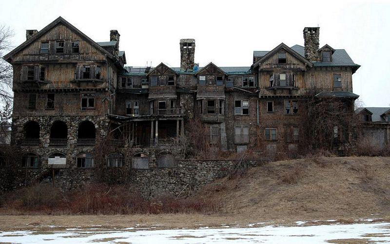 Abandoned Mansions In America - Beautiful Home Decorating Ideas